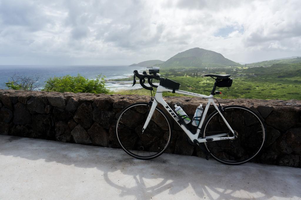 マカプウ岬に自転車でトレッキング