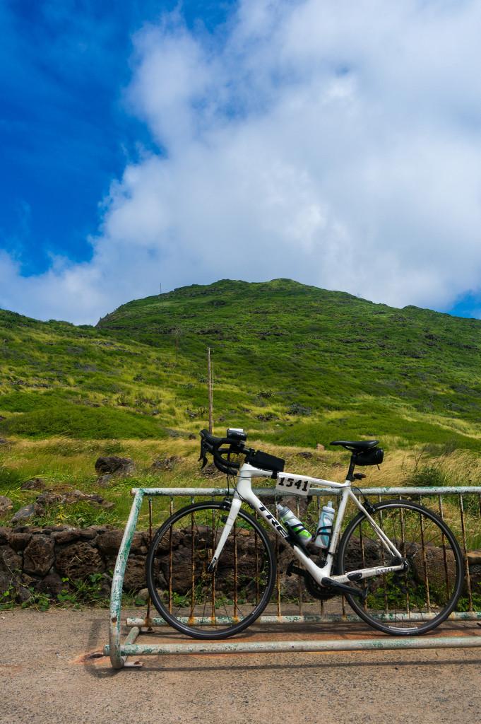 ロードバイクとマカプウ岬
