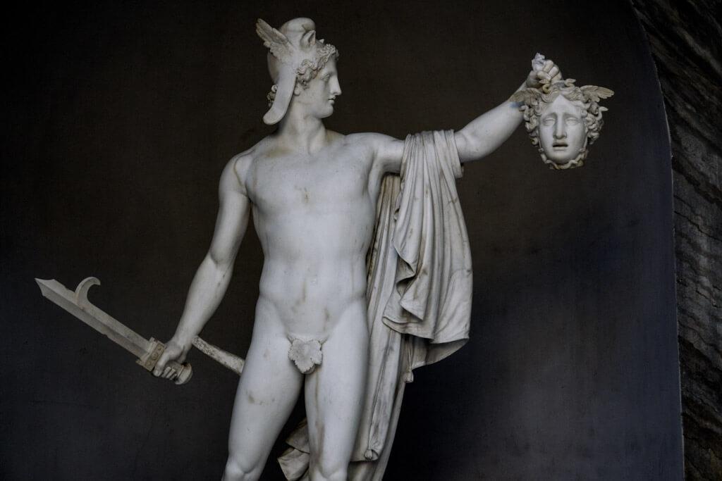 ペルセウスの像
