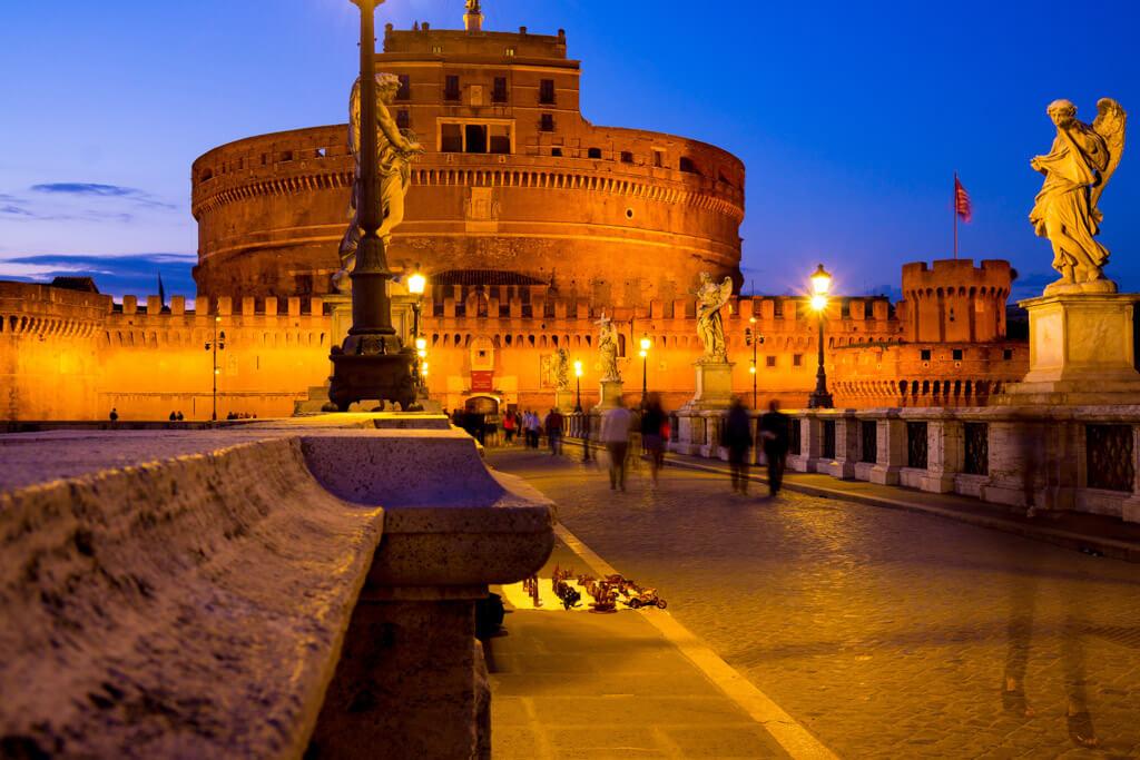 サンタンジェロ城のライトアップ