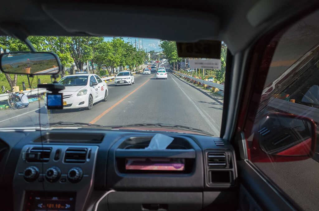 Uberのドライバーの車内