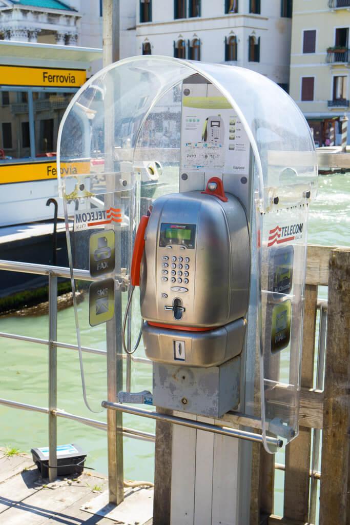 ヴェネチアの公衆電話