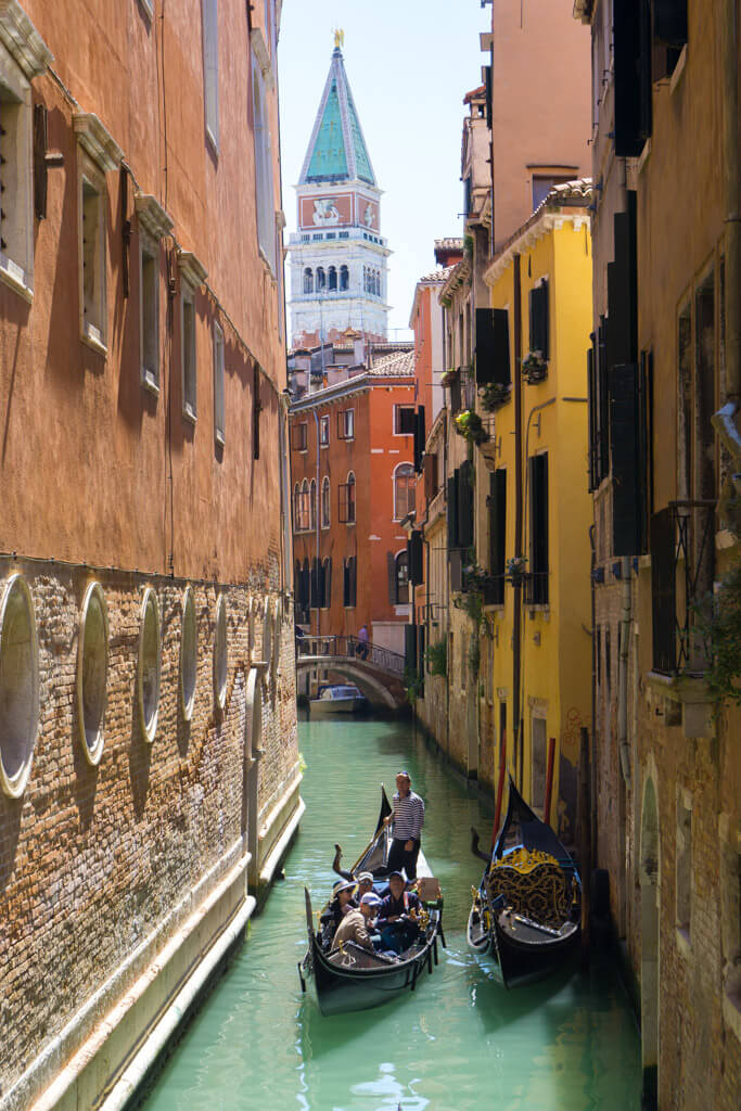 ヴェネチアのゴンドラ