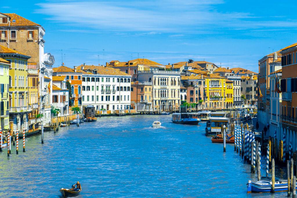 ヴェネチアの運河