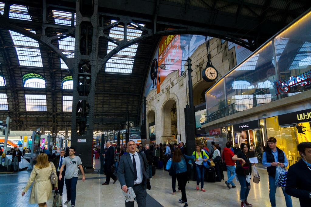 ミラノ中央駅ホーム