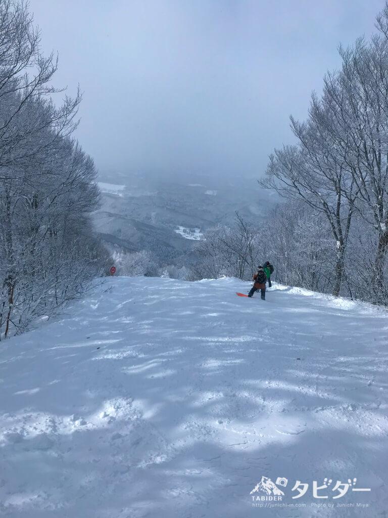 タングラムスキーサーカース