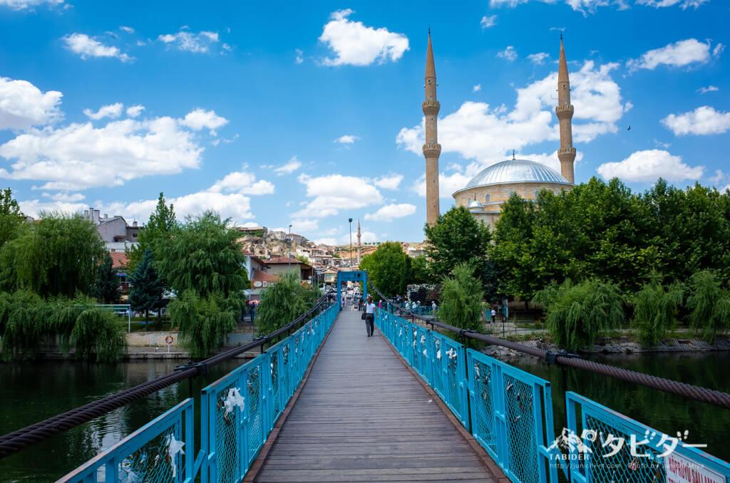 アヴァノスにあるモスク
