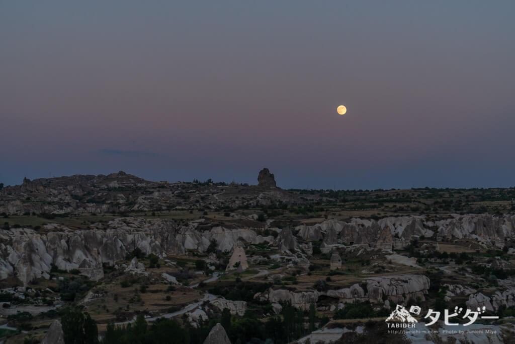 カッパドキアの月夜