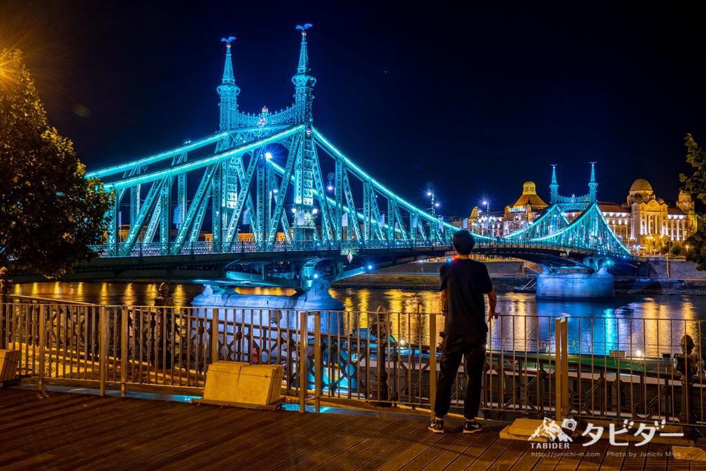 自由橋の夜景