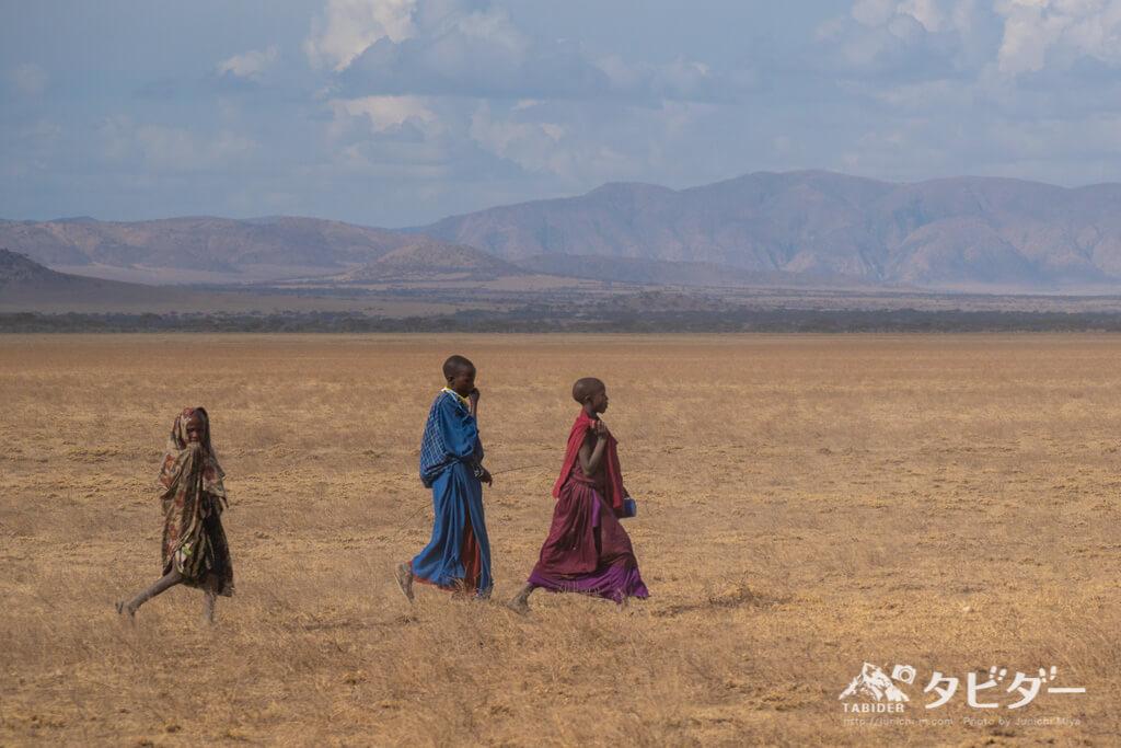 マサイ族の少年たち