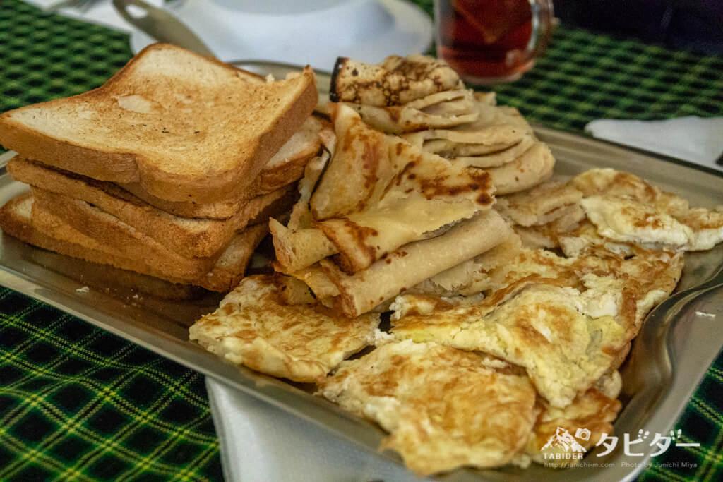 サファリツアーの朝食
