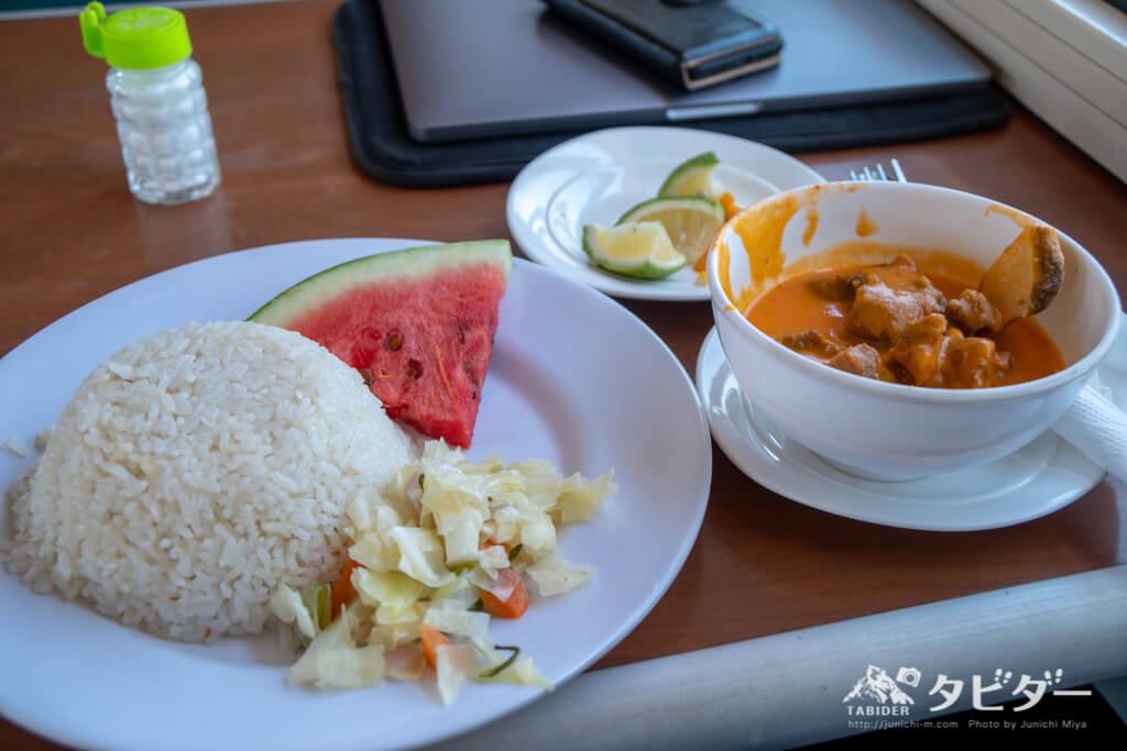 タンザン鉄道の食事