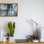 MUJI-無印良品『壁に付けられるフレーム』でA3モノクロ写真を部屋に飾ってみた
