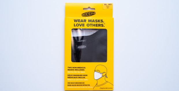 Keenのマスク(表面)※英語