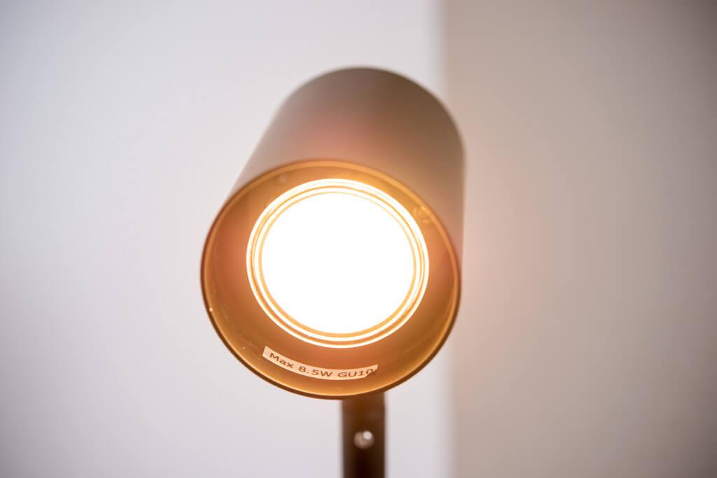 イケアのLED電球「LEDARE レーダレ」