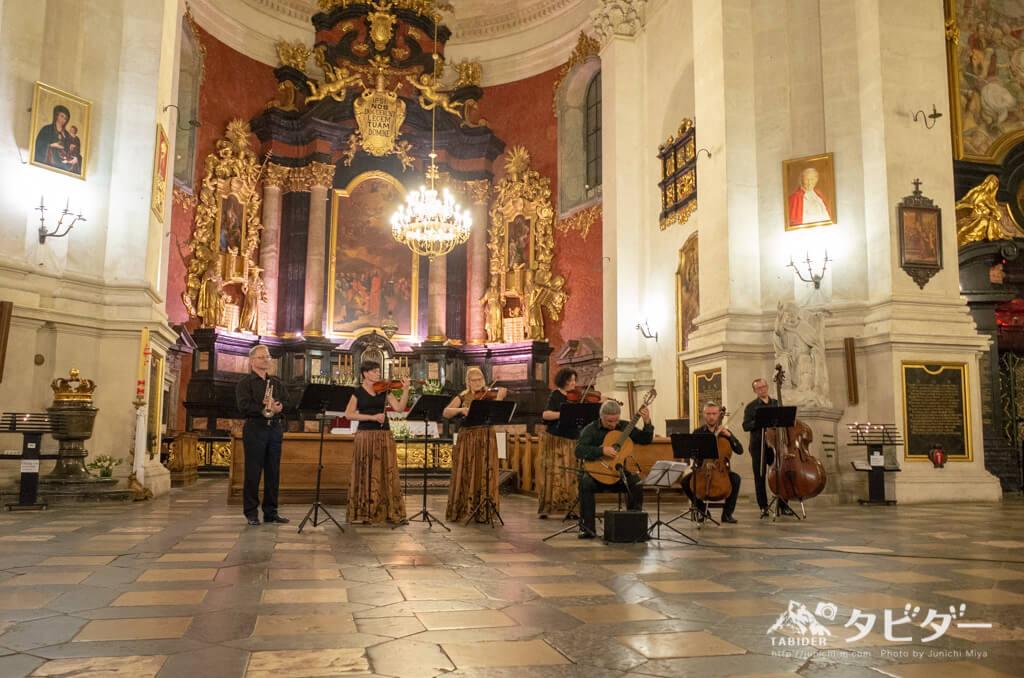 ポーランドの教会でのクラシックコンサート