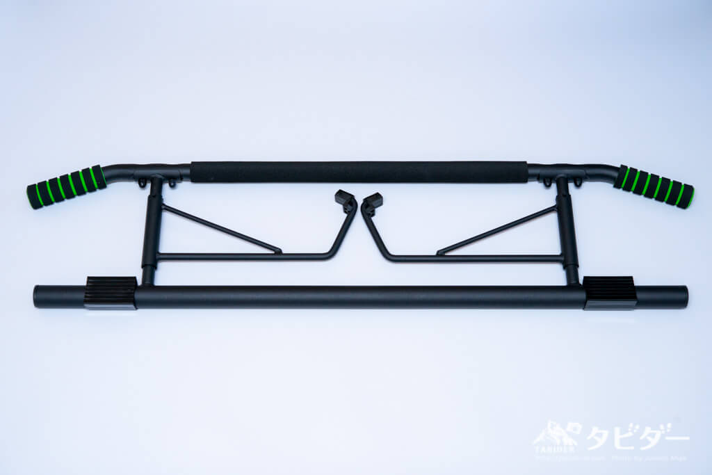 ドアジム懸垂バー(折りたたんだ状態)